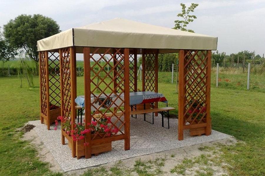 Great gazebo with strutture in legno per esterni for Costruire un gazebo in ferro
